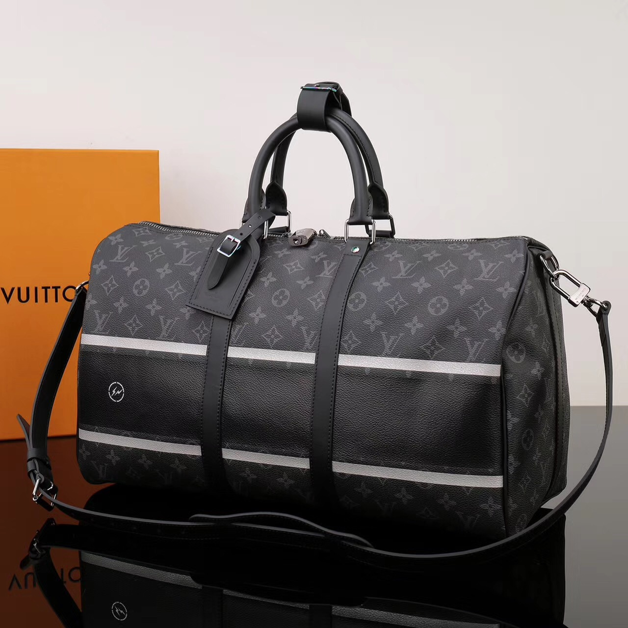 b98c268d72df ... Men LV Louis Vuitton Keepall 45 Handbags Travelling M43413 Monogram bags  Black ...