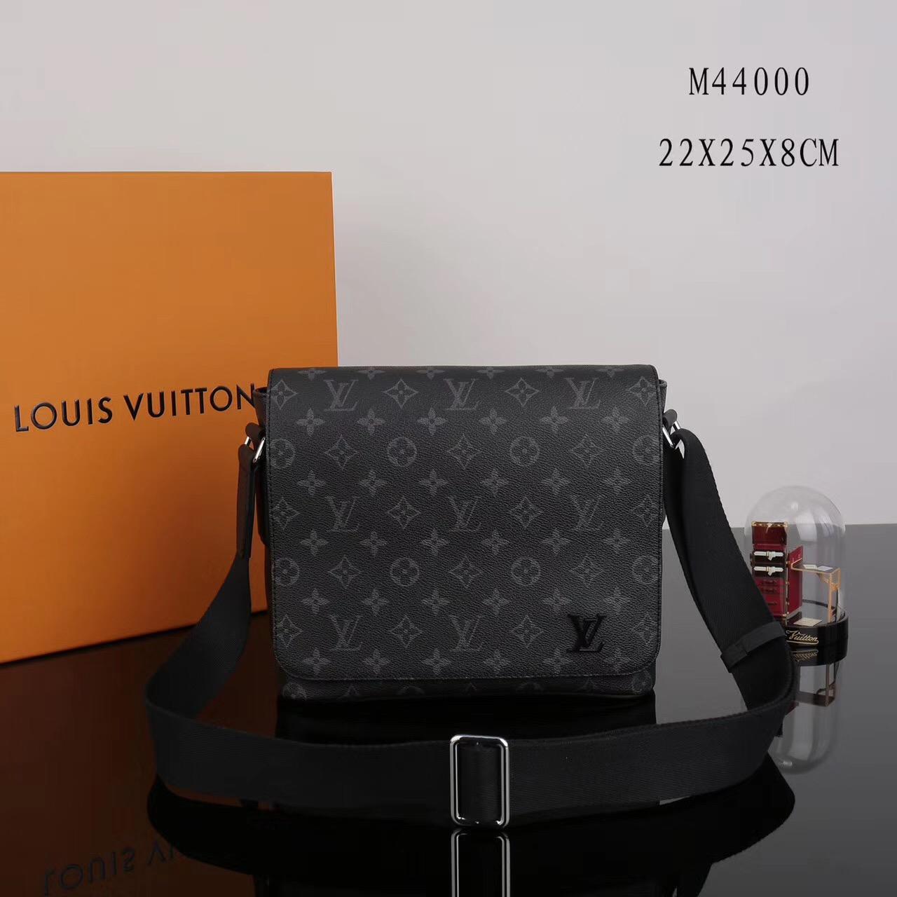 4bd77c297abf2 Men LV Louis Vuitton M44000 District Monogram Messenger bags Handbags Gray  ...