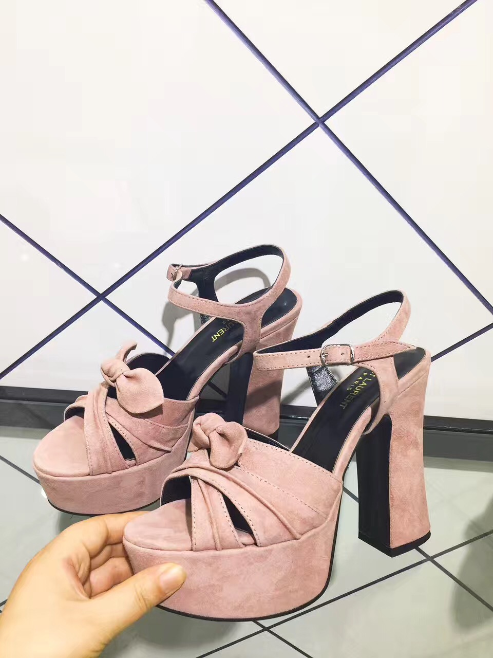 e6233d2eccf The Best Replica yves saint laurent ysl shoes Is Waiting For You