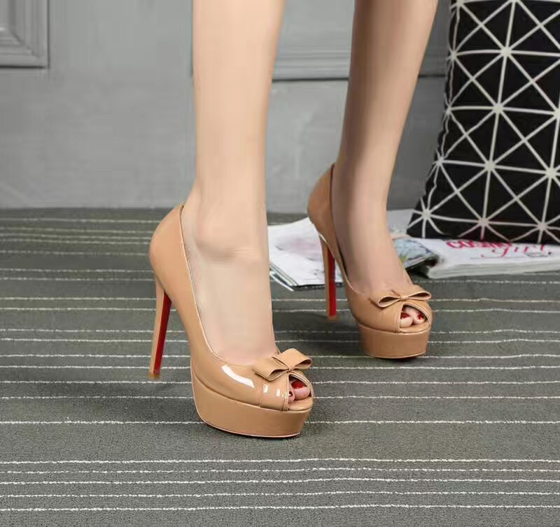 Christian Louboutin CL nude 10cm heels sandals soled red