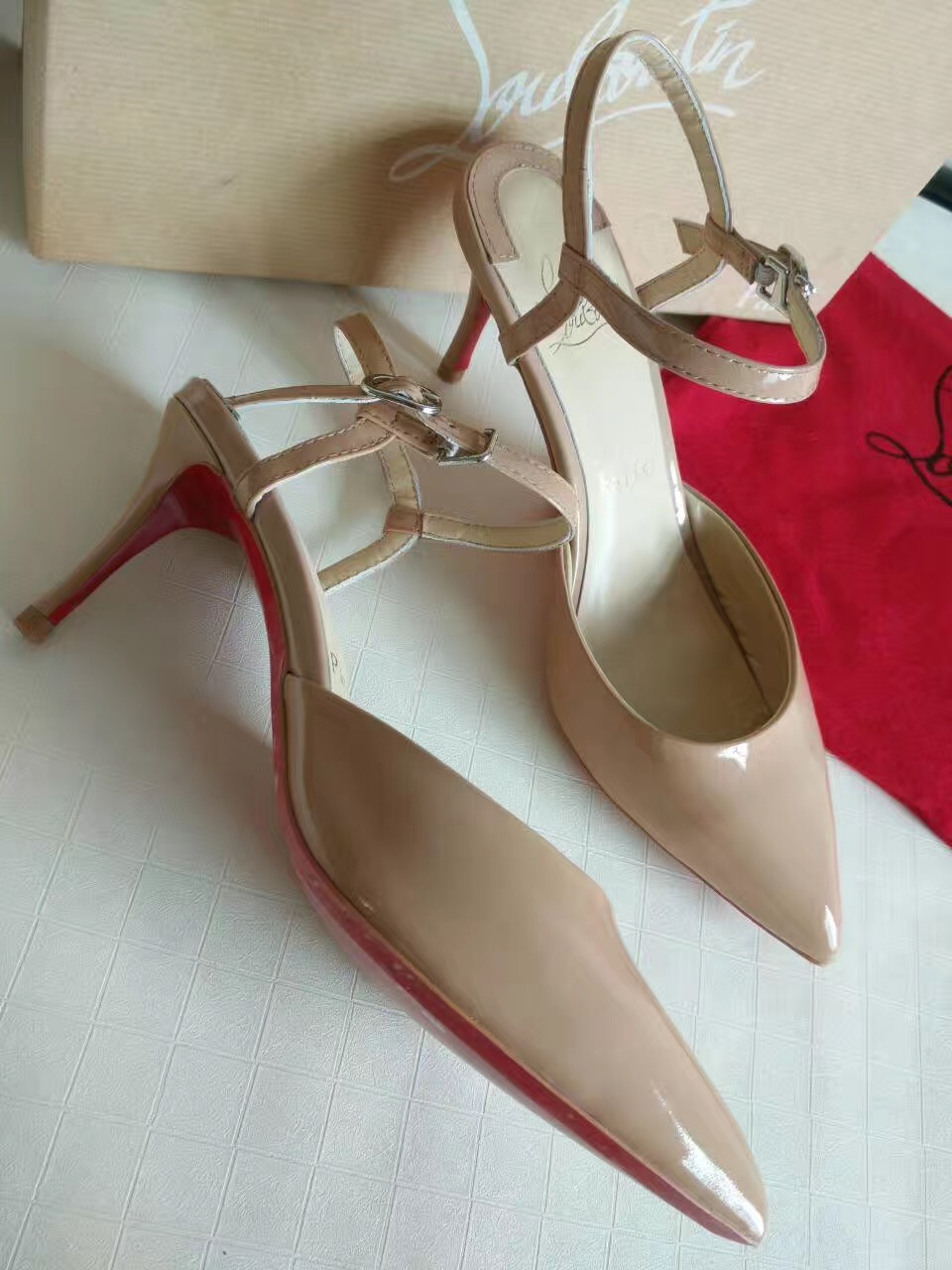 Christian Louboutin CL 13cm heels sandals soled red shoes