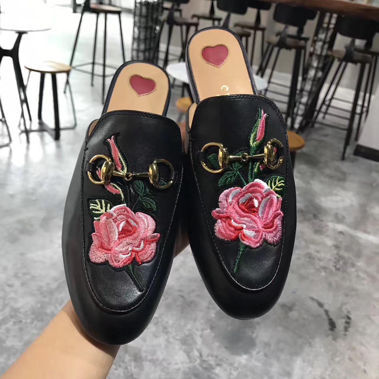0e7d3f9ed579 The Best Replica Gucci shoes Is Waiting For You