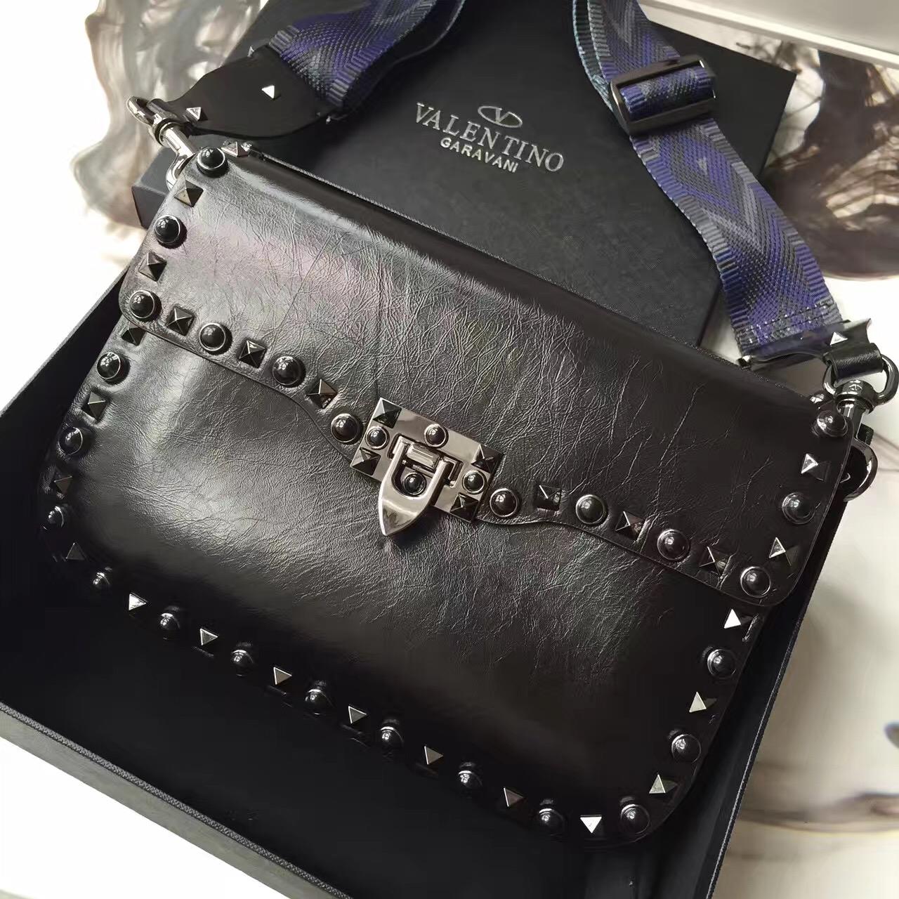 84e66da411 The Best Valentino Rockstud Shoulder Replica Handbags Online Store